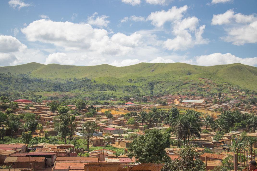 Angola houses