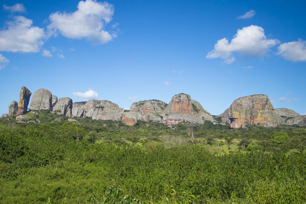 angola rocks