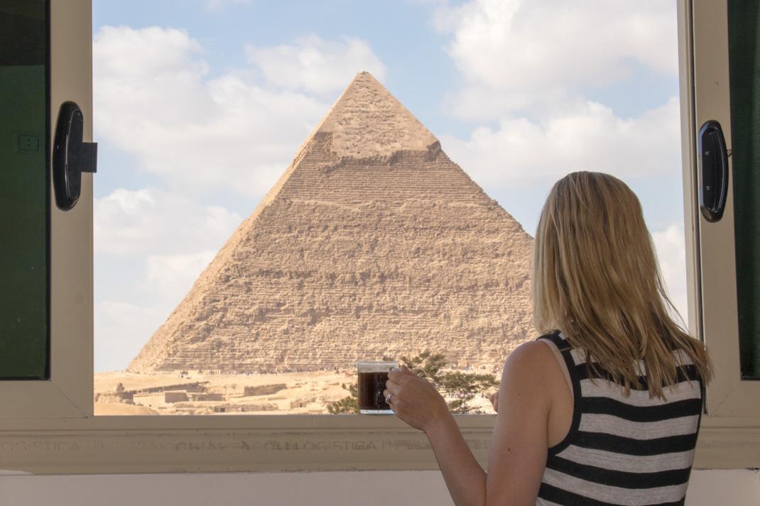 Panorama Pyramids Inn, Pyramid room view