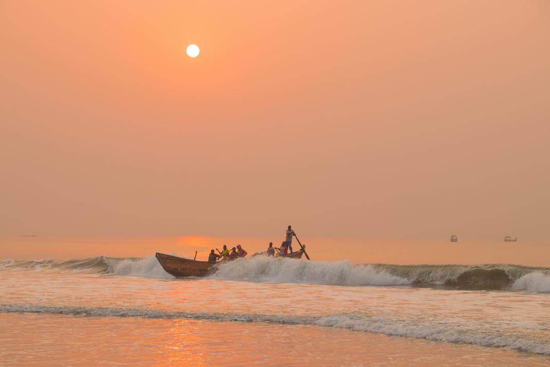 Kokrobite beach sunrise fishermen
