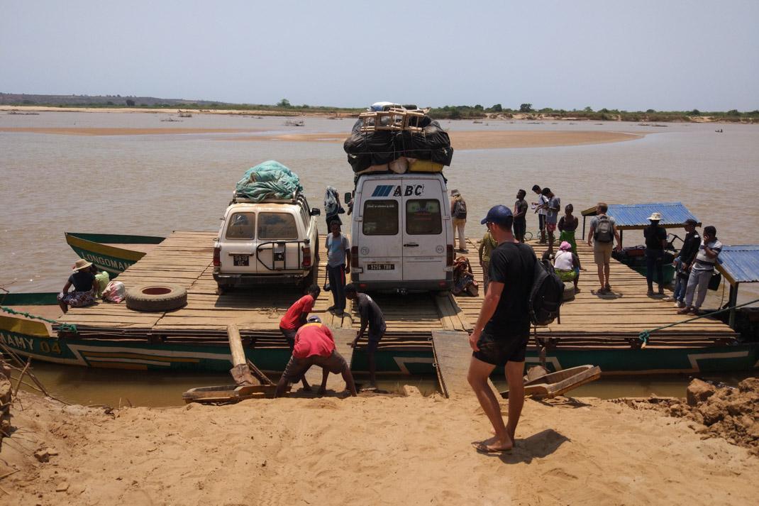 Tsiribihina River car ferry