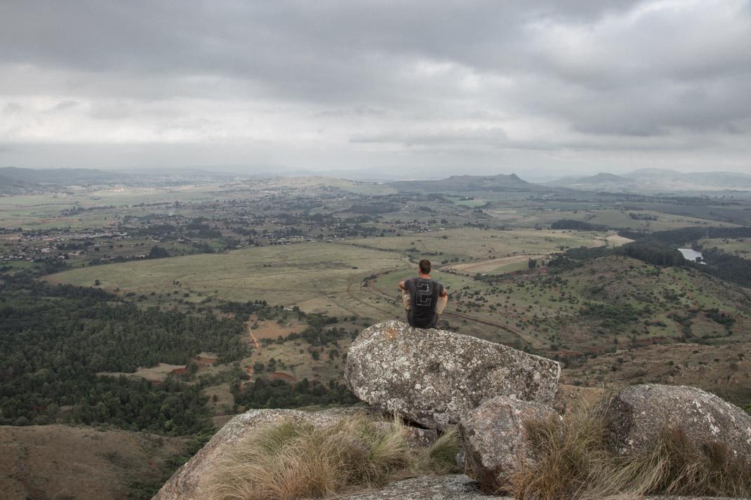 Hiking Nyonyane Mountain to summit Execution Rock