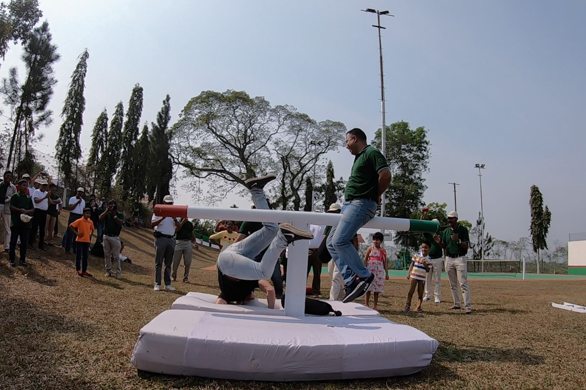 Pillow Fight at the Annual Sports Day 4