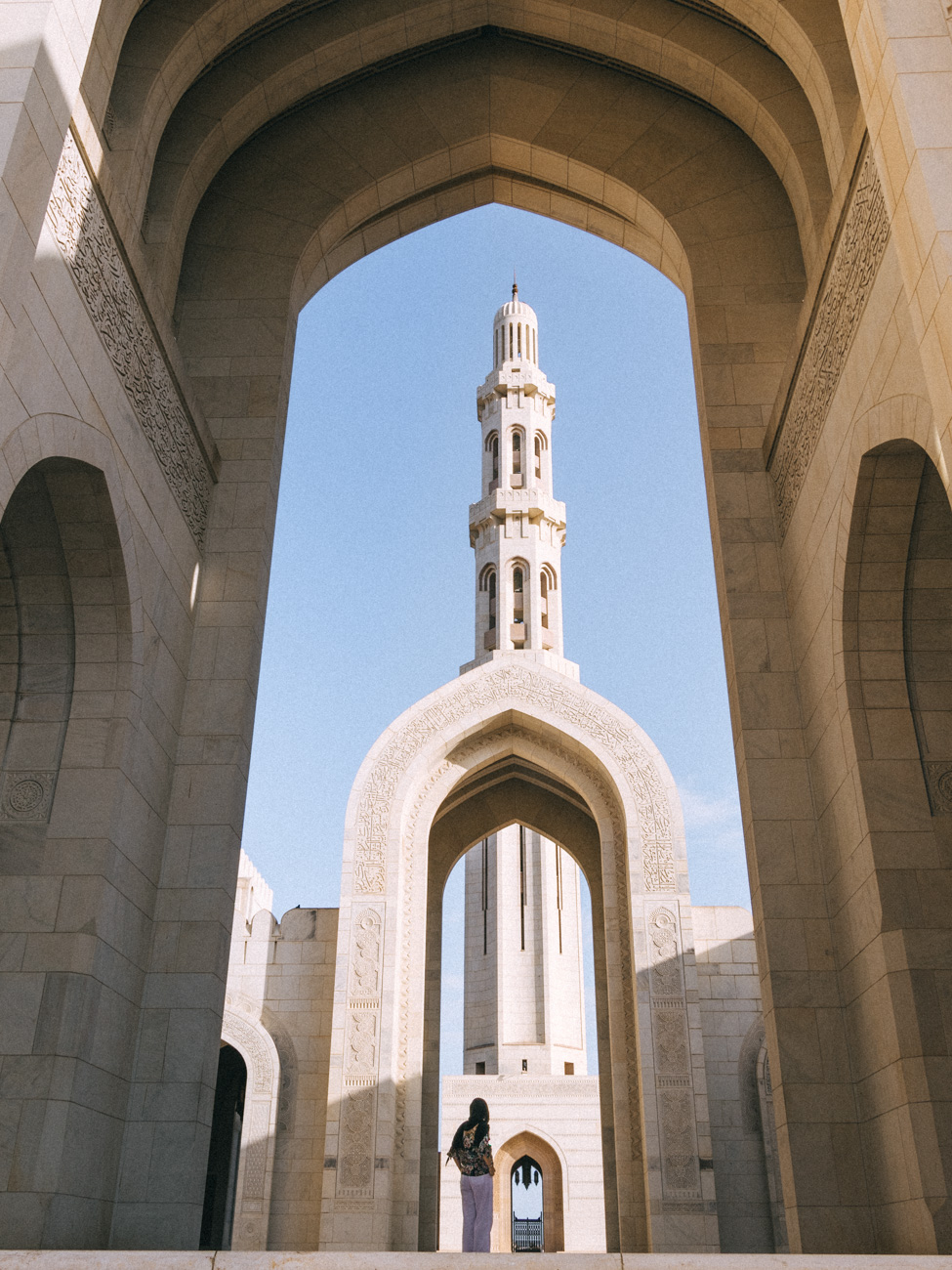 Omans Sultan Qaboos Grand Mosque Oman - Oman Travel Guide