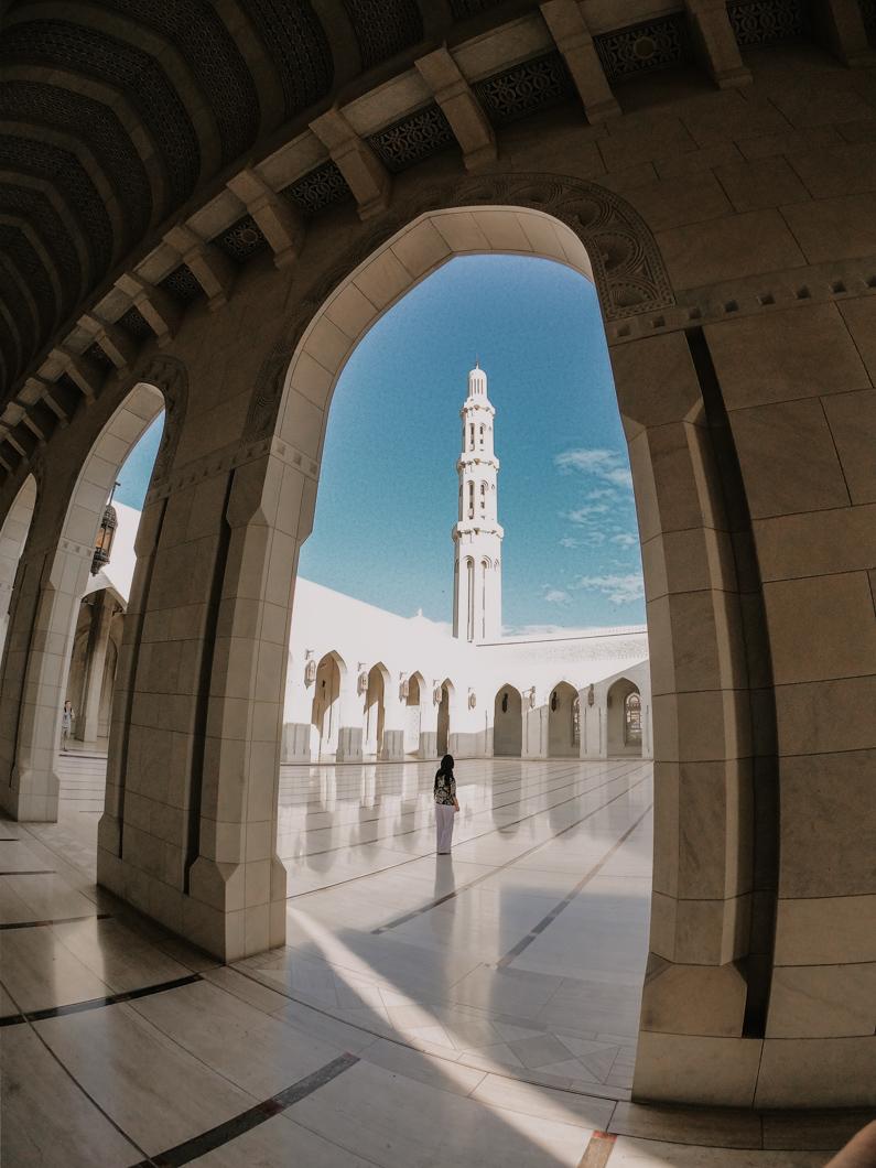 road trip in Oman - Sultan Qaboos Grand Mosque Oman