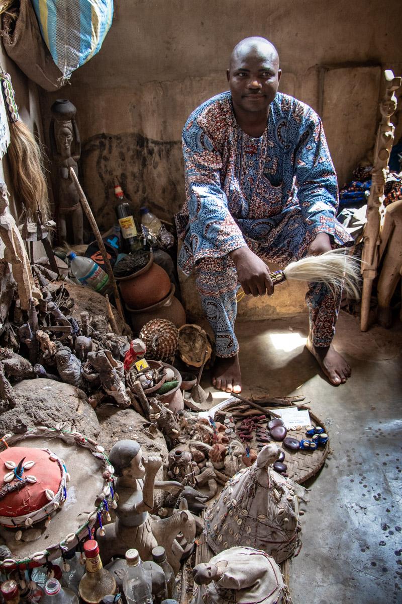 Akodessawa Fetish market, Voodoo Priest