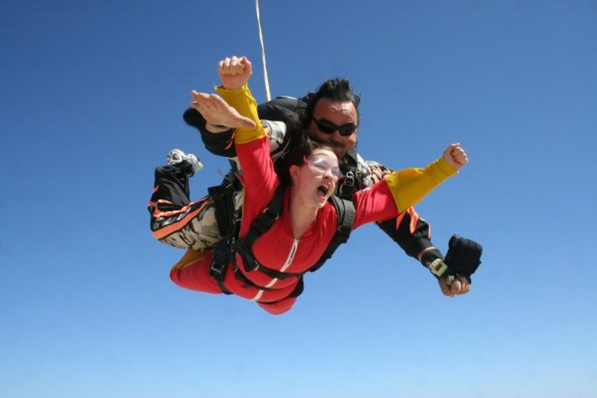 Highlights of Namibia - Sky diving in Swakopmund