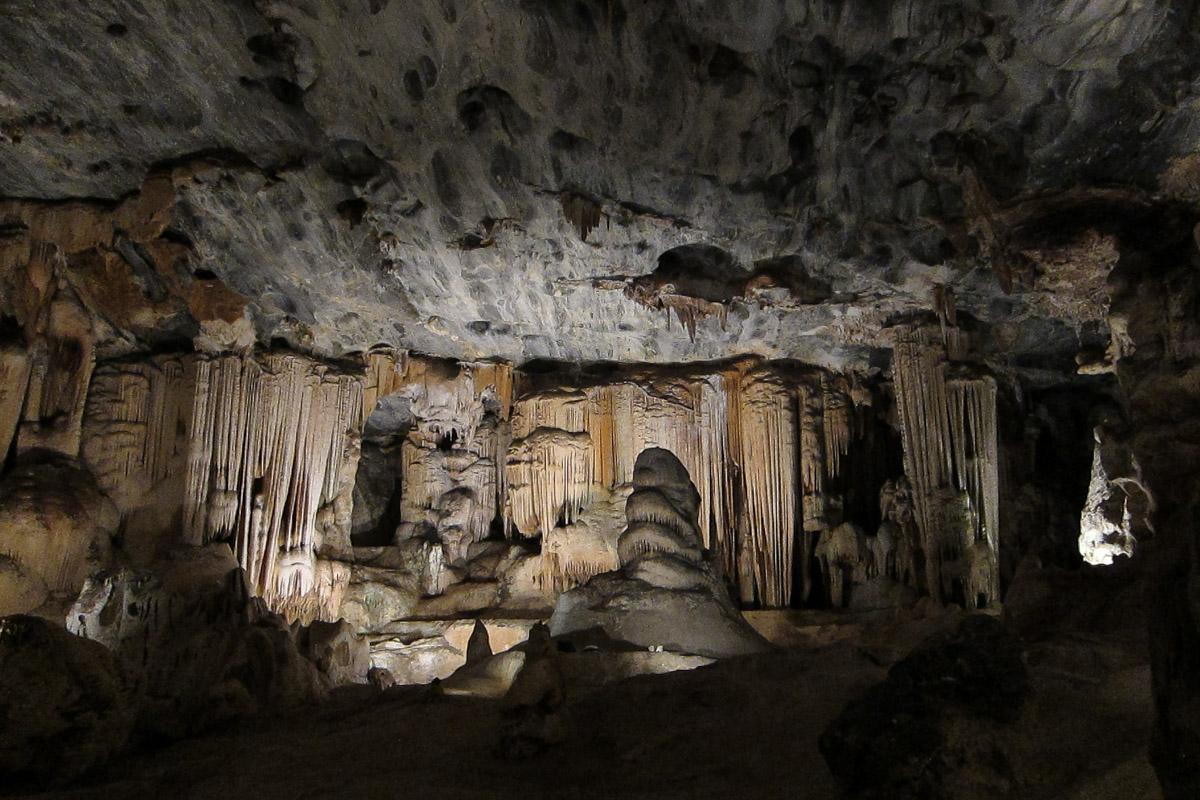 Cango Caves - Things to do in South Africa