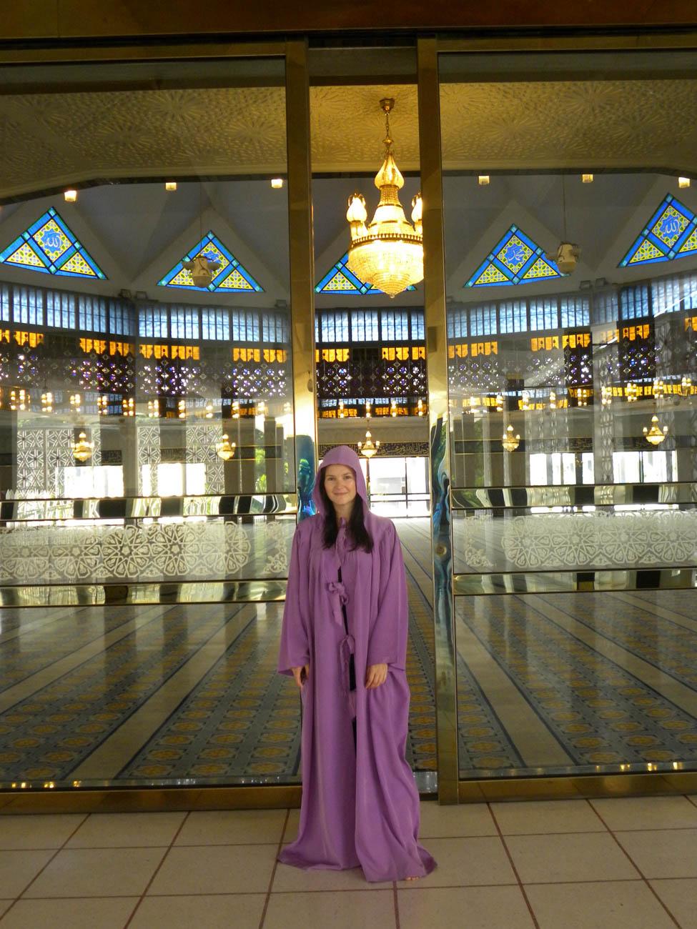 Entering Masjid Negara - Kuala Lumpar