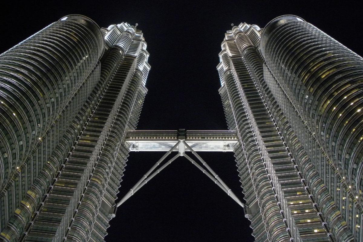 Petronas Twin Towers - things to do in Kuala Lumpur
