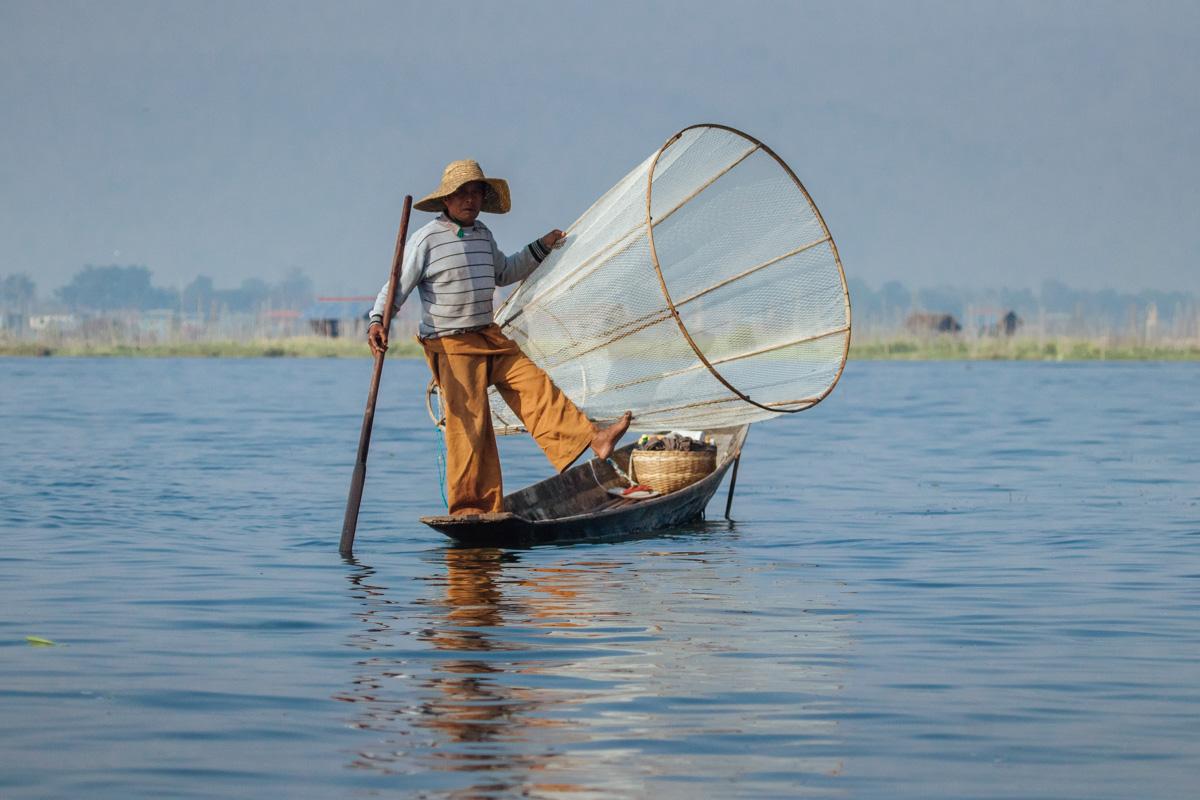 3 Legged fisherman at Inle Lake - Myanmar