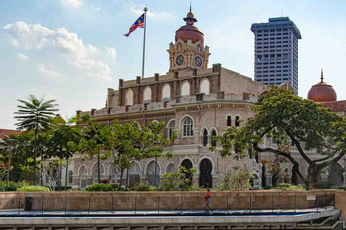 The Sultan Abdul Samad building -  Places you must see in Malaysia