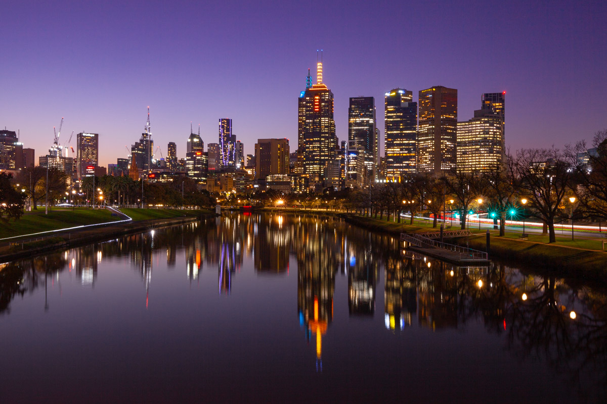 Night views from Swan Street Bridge