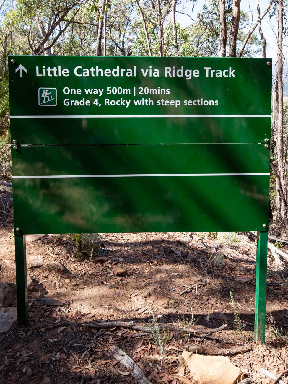Cathedral Range - Ridgeline Circuit signage close to Little Cathedral 1