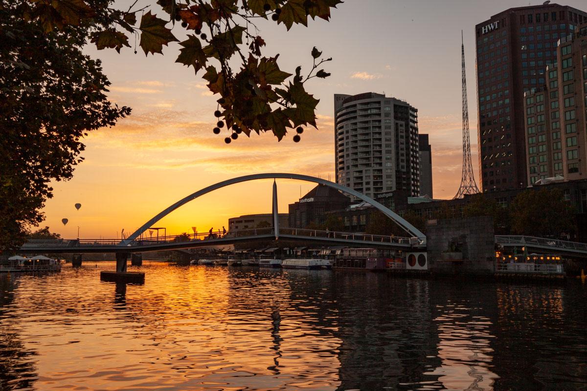 Best sunrise photography spots in Melbourne - From Flinders Walk