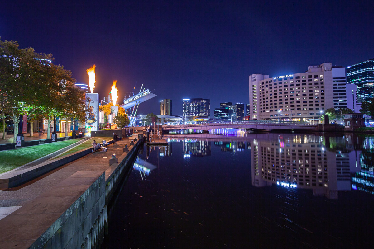 Night photography - Crown Melbourne's Gas Brigade evening